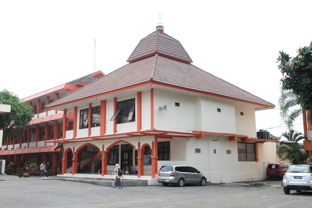 Masjid Al-Farabi Unikama